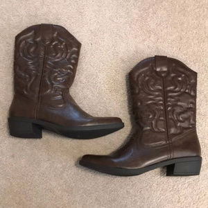 Rampage cowboy boots size 9